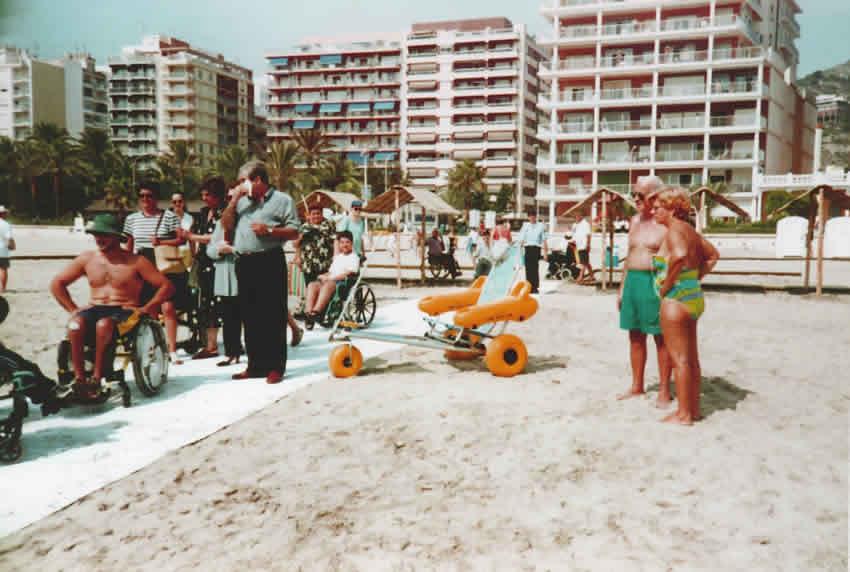 Exposición de playas adaptadas, Cullera, 1 de agosto de 2000